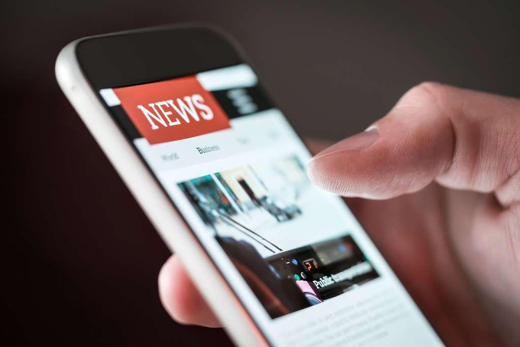 Le temps des médias n'est pas celui de la science. Il faut être prudent lorsque ces derniers s'emballent concernant des informations scientifiques. © terovesalainen, Adobe Stock