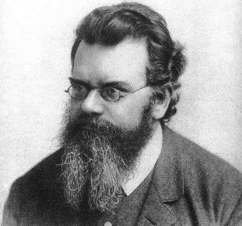 Ludwig Eduard Boltzmann (1844-1906) est un physicien autrichien considéré comme l'un des pères de la mécanique statistique. Défenseur de l'existence des atomes, hypothèse sur laquelle toute son œuvre était bâtie, il s'est suicidé en 1906 devant l'opposition quasi générale des chercheurs de l'époque qui préféraient une image du monde basée uniquement sur le concept d'énergie et rejetaient le concept d'atome, sous prétexte qu'on ne pourrait jamais les observer. Les travaux de Boltzmann ont fortement influencé Einstein et Schrödinger et sont à l'origine de la révolution quantique via l'introduction du quantum d'action par Planck. © Wikipédia, DP