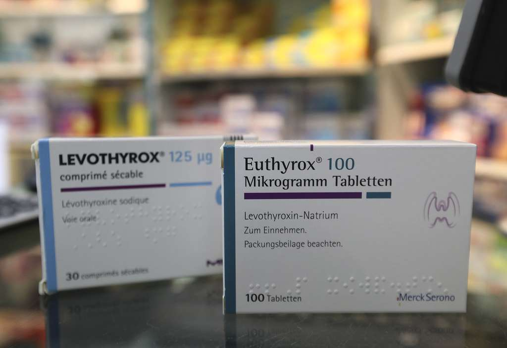 La nouvelle formule du Levothyrox a été mise sur le marché en mars, mais certains patients se sont rapidement plaints d'effets secondaires. Des stocks de l'ancienne formule ont été importés d'Allemagne de façon transitoire, sous le nom d'Euthyrox.© Jacques Demarthon, AFP