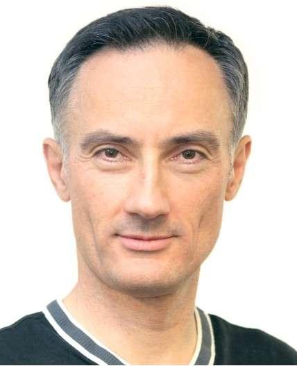 Selon Vlad Sejnoha, le directeur technique de Nuance, il faut compter 1 à 2 ans pour voir arriver des assistants vocaux répondant même en veille. © Nuance