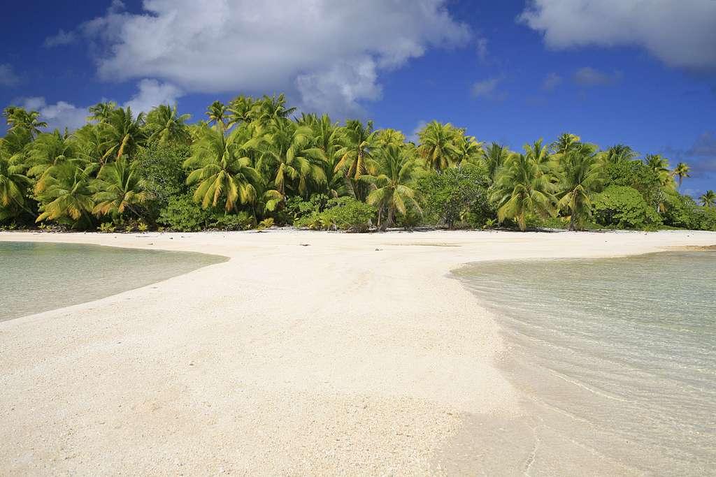 Motu, ou « Mouillage numéro 1 », dans un atoll désert
