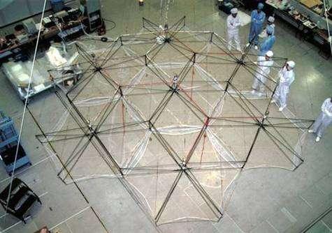 Déploiement du modèle réduit (échelle ½) au sol