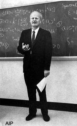 Cliquez pour agrandir. Le prix Nobel de physique Hans Bethe. Crédit : American Institute of Physics