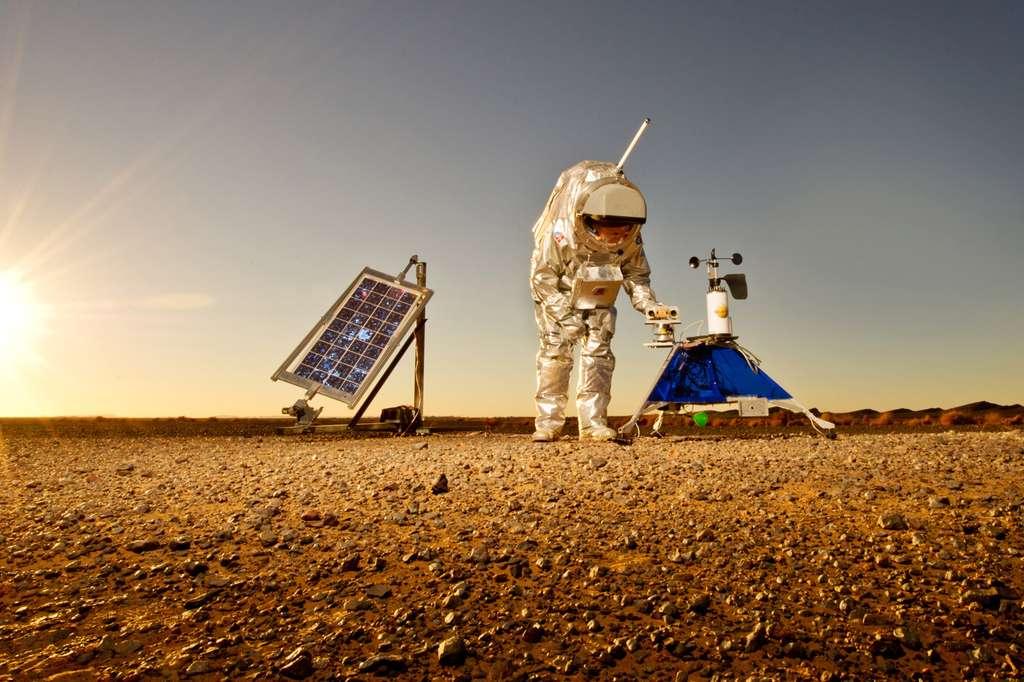 La combinaison, comme les instruments testés, sont de vrais prototypes susceptibles de déboucher sur des programmes opérationnels pour l'exploration de Mars. © ÖWF, Katja Zanella-Ku
