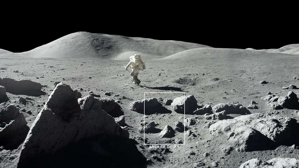 La Lune est recouverte de cratères et de roches, créant une « rugosité » de surface qui projette des ombres, comme le montre cette photographie de la mission Apollo 17 de 1972. Ces ombres froides peuvent permettre à la glace d'eau de s'accumuler sous forme de givre même pendant la journée lunaire. © Nasa