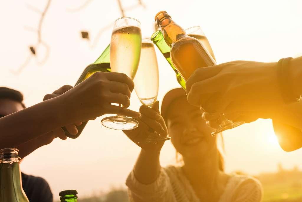 Les effets néfastes d'une consommation excessive d'alcool ne changent pas selon le contexte © stnazkul, Adobe Stock