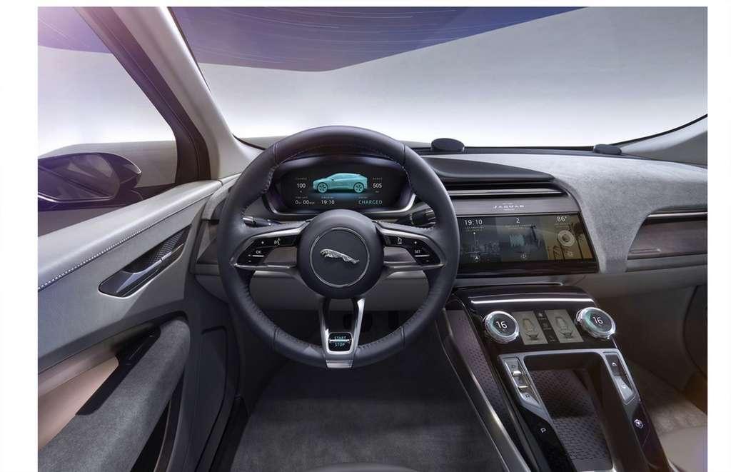 L'intérieur de l'I-Pace reprend les codes high-tech introduits par Tesla. © Jaguar