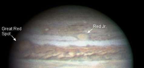 """Ovale BA, ou """"Tache Rouge Junior"""" pour les intimes, photographiée le 27 Février 2006 par un astronome amateur (Crédits : Christopher Go)"""