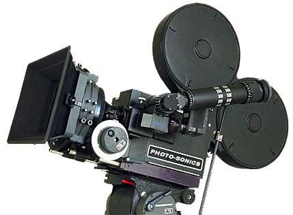 Caméra ultra-rapide à pellicule 35mm. © Photo-sonics
