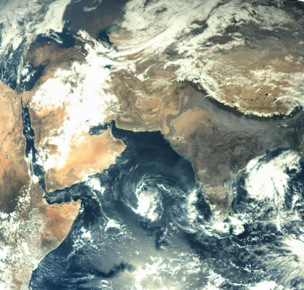 Cette image a été acquise par Mangalyaan depuis une distance de 70.000 km. Elle donne une petite idée de ce que l'on peut attendre de ses futurs clichés martiens. © Isro