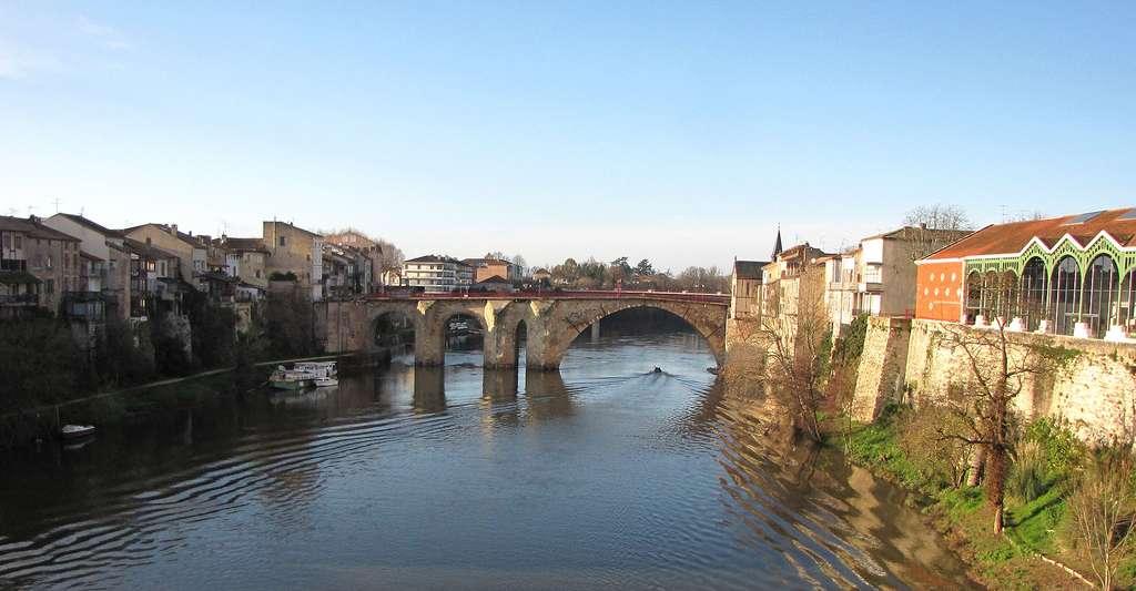 Pont des Cieutat à Villeneuve-sur-Lot. © Paternel 1, Wikimedia commons, DP