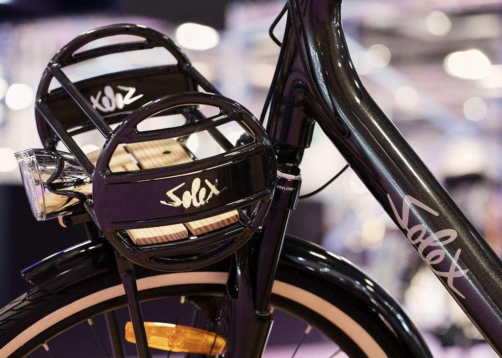 Le porte-bagage avant du Solex Intemporel est détachable. © Solex MFG Easybike