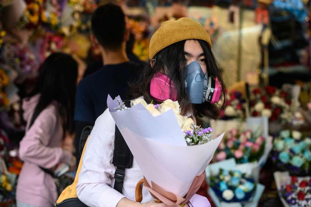 Le bilan de l'épidémie de pneumonie virale est de 2.000 morts et 74.000 personnes contaminées en Chine continentale, selon des chiffres officiels. © Philip Fong, AFP