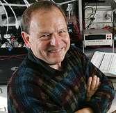 Le géobiologiste Kenneth Nealson de la University of Southern California. © Philip-Channing