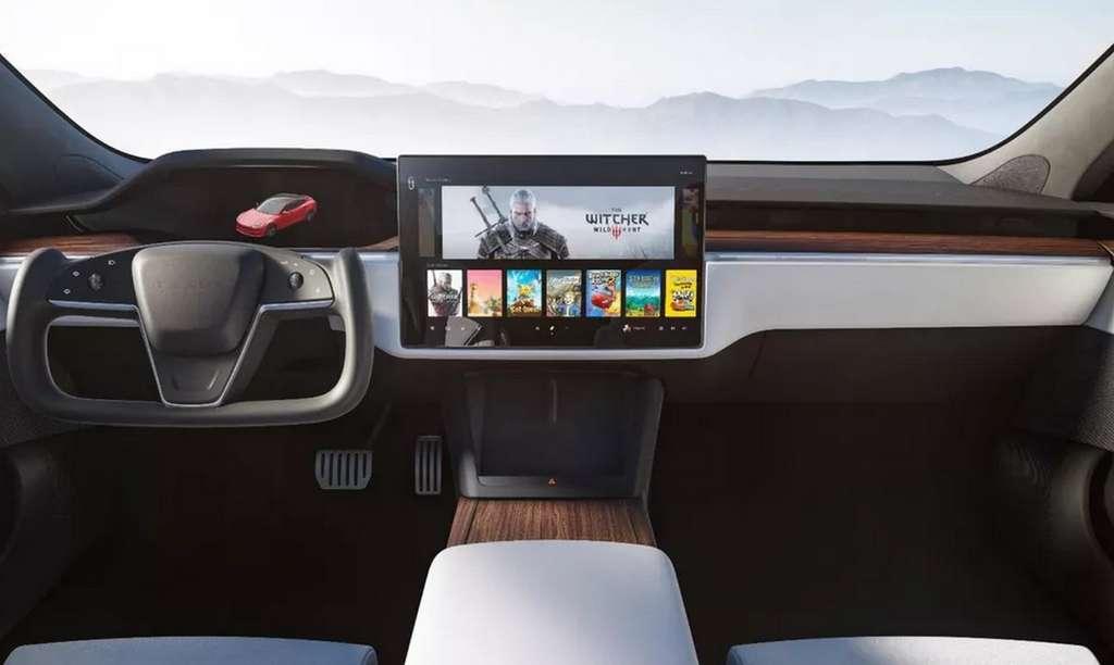 Le changement d'orientation de l'écran central a permis d'affiner considérablement le tableau de bord. © Tesla