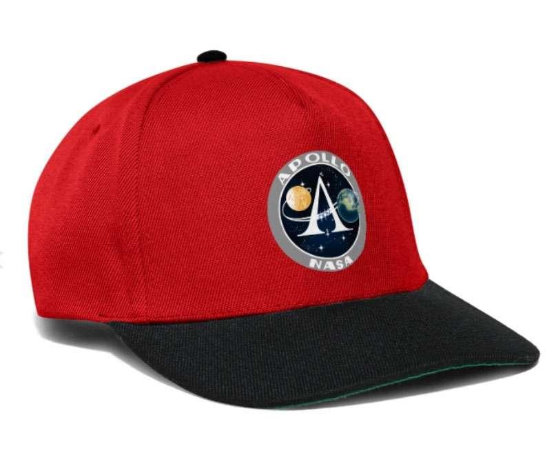 La casquette Nasa se décline en plusieurs coloris et modèles à l'effigie d'Apollo, missions mythiques de la Nasa. © Futura