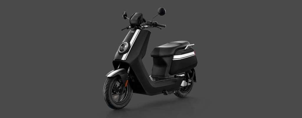 Le NQi GTS Pro est taillé comme un scooter 125. © NIU