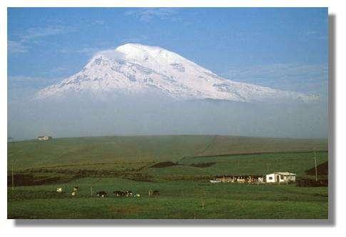 Le volcan Chimborazo au petit matin (Équateur). © IRD, Francis Kahn