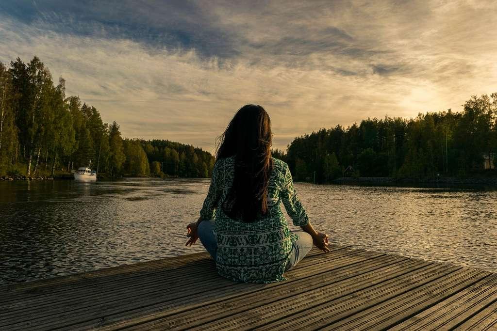 La méditation active le cortex préfrontal. © Leninscape, Pixabay, DP