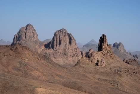 Cliquez sur l'image et découvrez Attakor, Hoggar, Sahara algérien. © François Michel