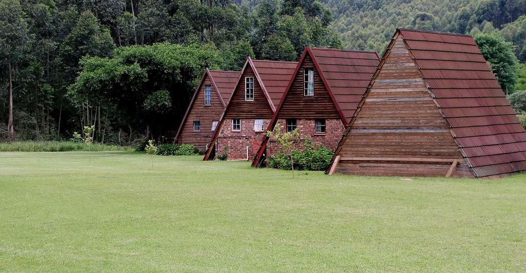 Maisons en bois en Afrique du Sud. © Ddouk, CC0 Domaine public