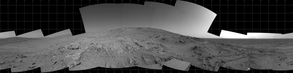 Panorama du robot Spirit au sol 409