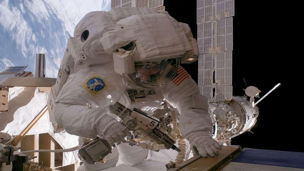 Réparations effectuées dans l'espace
