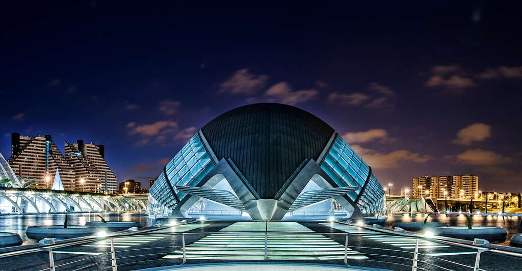 L'Hemisfèric, à la Cité des arts et des sciences de Valence