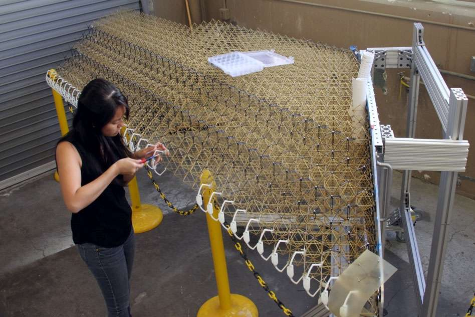 Une structure constituée d'un assemblage de petites structures en 3D souples. Elles sont recouvertes d'un voile en polymère ultraléger. © MIT