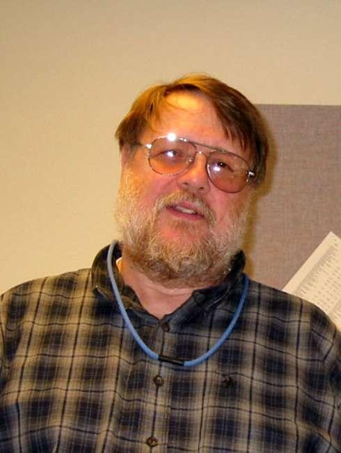 Ray Tomlinson en 2004. Un informaticien issu du Massachusetts Institute of Technology (MIT) et qui fait partie de ceux qui ont fait Internet. © DR