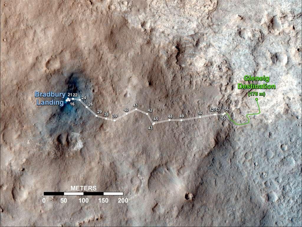 Le chemin parcouru par Curiosity pour rejoindre Glenelg, un carrefour naturel entre trois types de terrains géologiques. © Nasa/JPL-Caltech/Univ. of Arizona