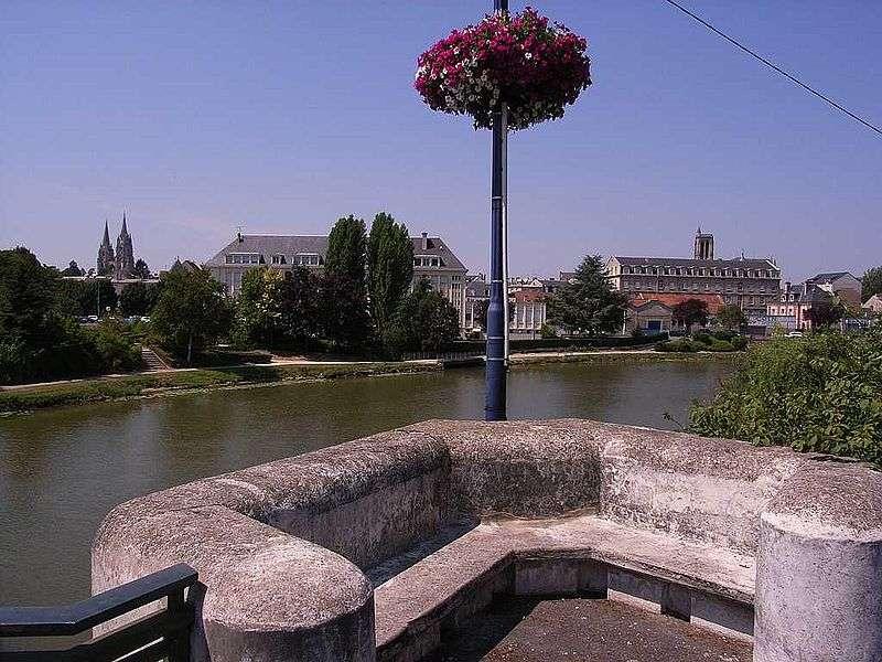 Soissons et l'Aisne, la rivière qui donne son nom au département. © Boboklecksel, cc by sa 3.0