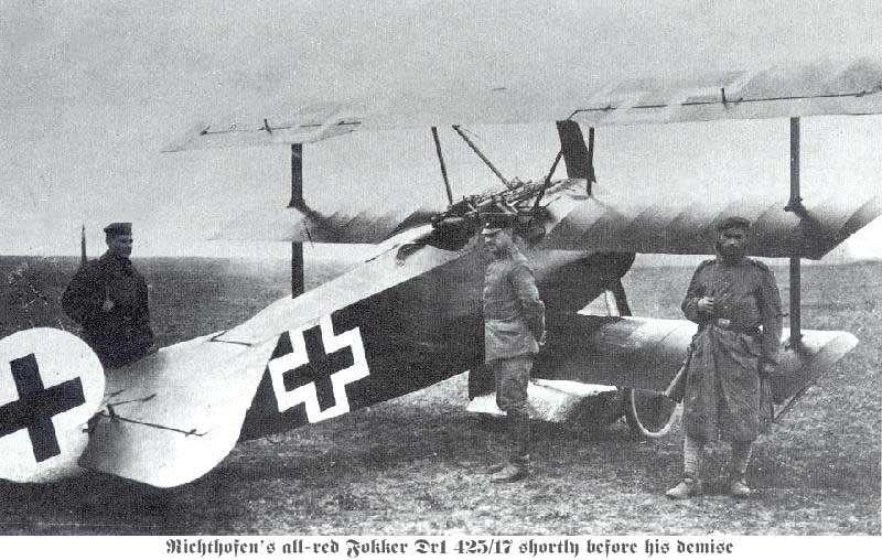 Le Fokker DR-1, rendu célèbre par le baron Manfred von Richthofen, dit le Baron Rouge. © Creative Commons