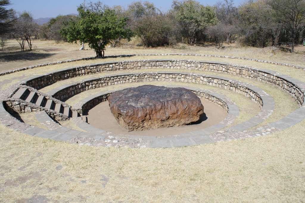 La météorite de Hoba, avec ses 60 tonnes, est la plus grosse du monde. © Routard05, Flickr, CC by-nc-sa 2.0