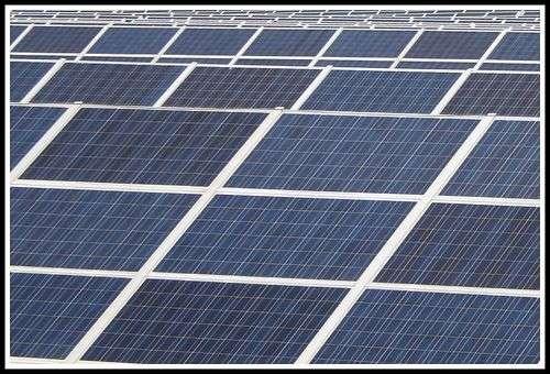 À l'avenir, les cellules photovoltaïques des panneaux solaires seront peut-être fabriquées à partir de la technique utilisée pour encoder les disques Blu-ray. © Mr_H, Flickr, cc by nc sa 2.0