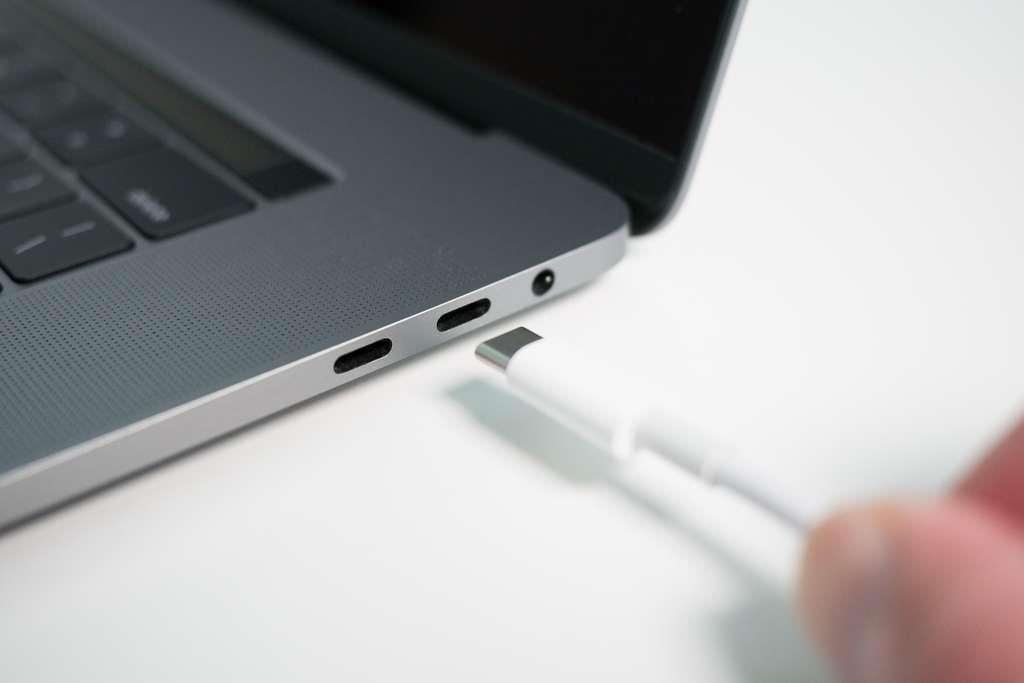 L'USB-C offre simplicité et polyvalence. © Barry, Adobe Stock