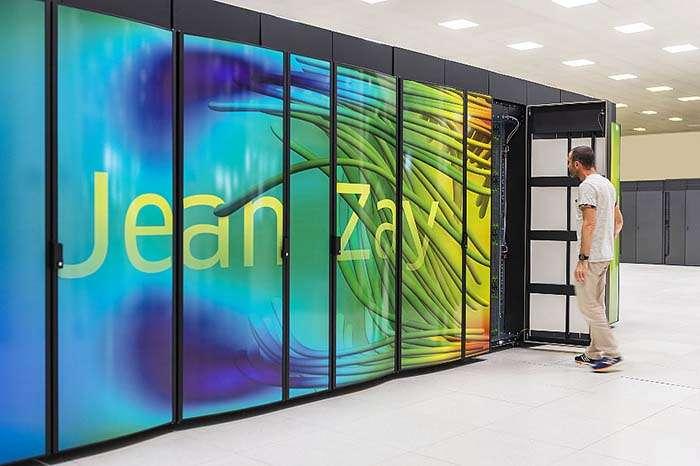 Le supercalculateur Jean Zay, inauguré en janvier 2020, a les capacités cumulées de 40.000 ordinateurs personnels ou 16 pétaflops, soit 16 millions de milliards d'opérations par seconde. Il a été installé à l'Institut du développement et des ressources en informatique scientifique (Idris) du CNRS, sur le plateau de Saclay près de Paris. © Cyril Fresillin, Idris, CNRS Photothèque