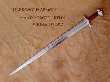 Une reconstitution à l'identique d'une épée Viking. Crédit : darksword-armory.com