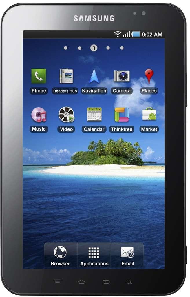 La Galaxy Tab de Samsung : écran tactile, appareils photo devant et derrière, Android, un téléphone, un gyroscope, au moins 16 Go de mémoire, une sortie USB en plus du reste, un connecteur SDHC. Le tout pour 700 euros. © Samsung