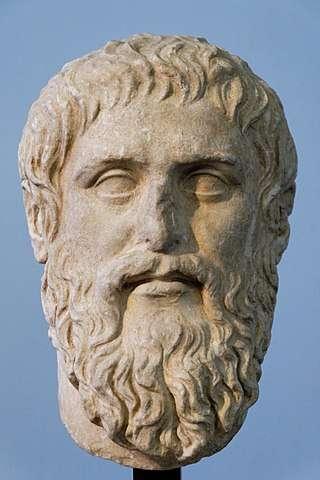 Copie du portrait de Platon exécuté par Silanion pour l'Académie d'Athènes vers 370 av. J.-C. © Marie-Lan Nguyen, Wikimedia Commons, CC by 2.5