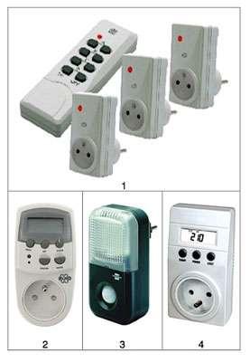 Exemples de prises et programmateurs, pour se simplifier la vie quotidienne. Pour le détail des appareils présentés, se référer à la liste numérotée ci-dessous. © DR