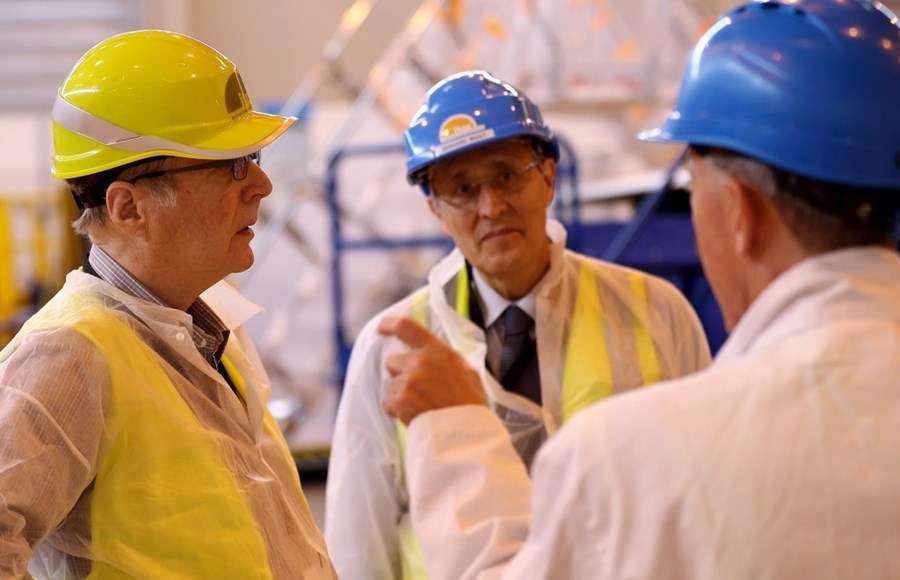 En 2018, Paul Allen (à gauche) visitait Iter en compagnie de Bernard Bigot (au centre). © 2021, Iter Organization