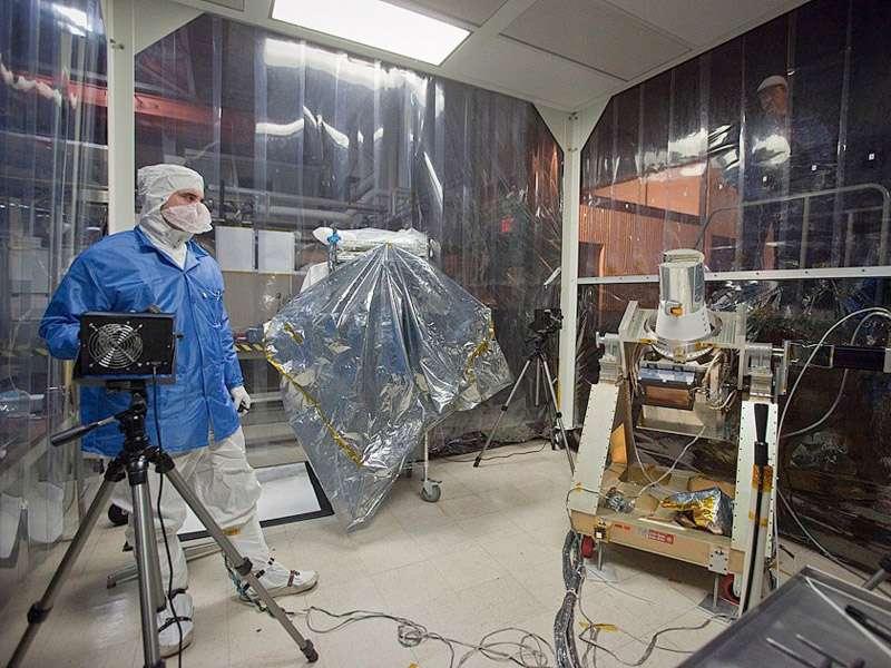 L'instrument Sage III dans les locaux du Langley Research Center de la Nasa où il est conçu. © Sean Smith, Nasa