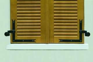 La motorisation des volets battants, pour une ouverture et une fermeture simplifiées. © maison-domotique.com