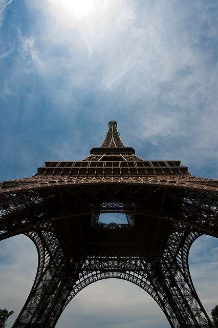 Bientôt un plancher de verre pour le premier étage de la Tour Eiffel ! © Sebastian Bergmann, Flickr CC by sa 2.0