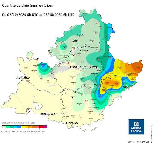 Au matin du samedi 3 octobre 2020, les cumuls de pluie de nombreuses stations dépassent les 200 mm : 271 mm à Breil-sur-Roya, 335,5 mm à Coursegoules, 355,2 mm à Clans et même 500,2 mm à Saint-Martin-Vésubie. © Météo France