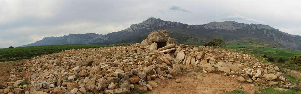La tombe mégalithique d'Alto de la Huesera est l'une des tombes examinées dans l'étude. © Javier Orodoño