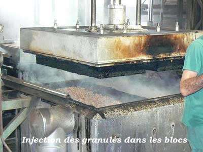 Injection des granulés dans les blocs. © Aliécor