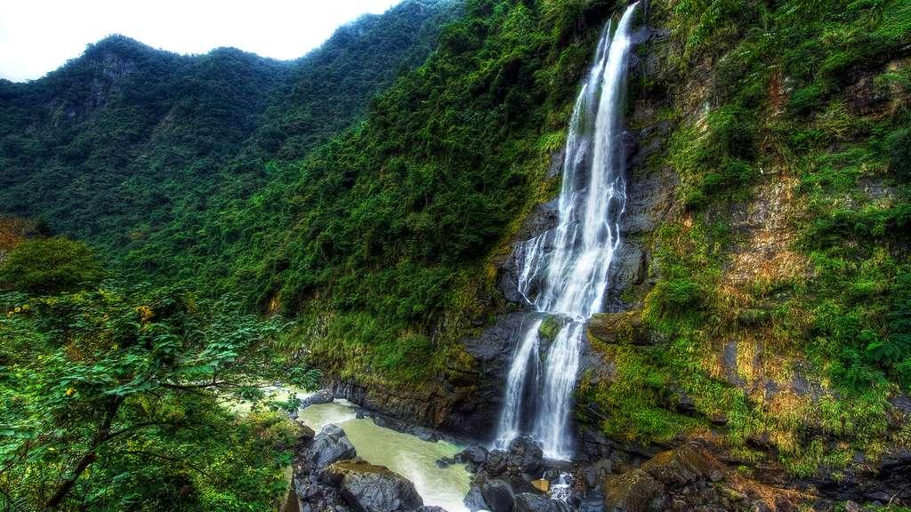 La cascade de Wulai à Taïwan
