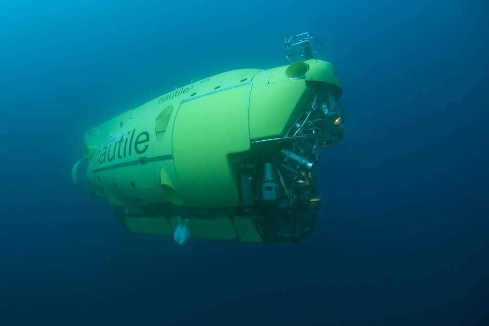 Le Nautile en action. Il peut emmener trois personnes jusqu'à 6.000 mètres de profondeur, soit 97 % de la superficie des fonds océaniques. © Ifremer